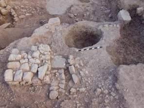 Altar e poço para dejetos
